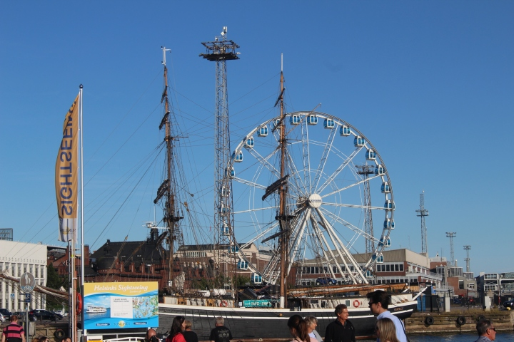 Finnair Skywheel at Market Square!